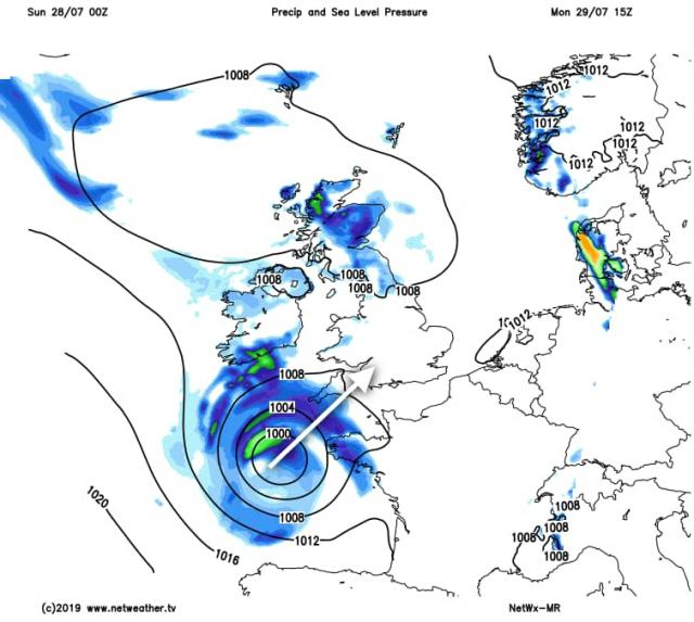 Somerset Live reports that Devon and Cornwall are likely to see heavy snowfall as a result of the flurries shown in WX Charts, with the last patches not due to move past the county until after 6pm.